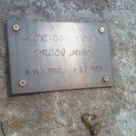 Milan Palov - pamětní deska na Borku ve Škrovádě