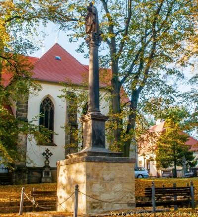 morový sloup u Kostela - Slatiňany