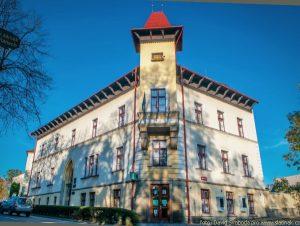 Téma: Městský úřad Slatiňany