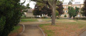 Téma: Park u školy