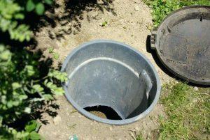 Návrh: Komposter psích výkalů aneb psí kadibudka