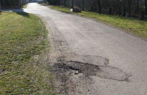 Téma: Neutěšené okolí cyklostezky podél Chrudimky