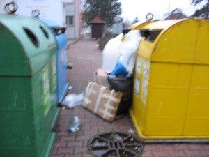 U Géčka a před Sokolovnou jsou nové kontejnery na textil