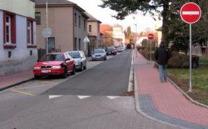 klášterní ulice po rekonstrukci - od Tyršovy