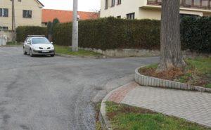 křižovatka Staré náměstí - Šmeralova - pohled od školy