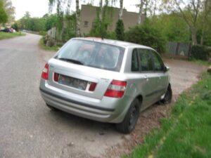 Téma: Dlouhodobě odstavená vozidla na ulicích