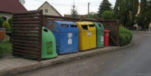 Návrh: Vhazovat plechovky od nápojů do kontejneru na plast