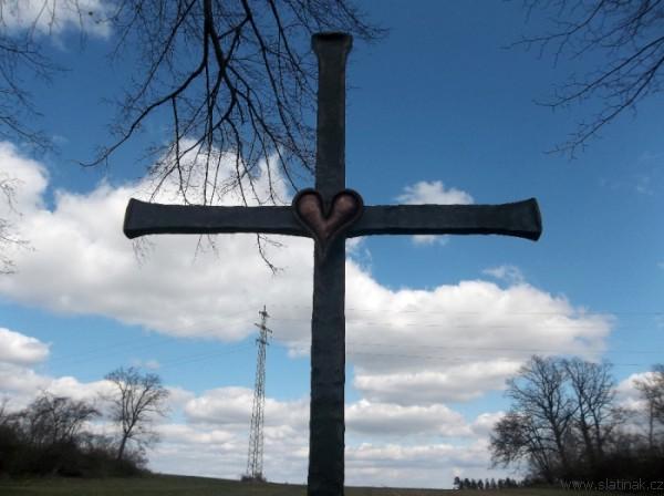 detail kříže na opravených Svídnických Božích mukách (foto H.Mikanová)